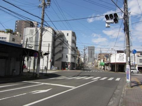横田町東交差点