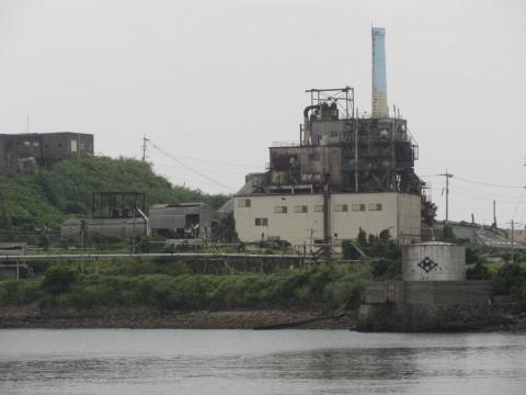 発電所と海水淡水化施設