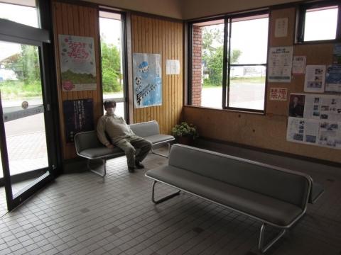 浦臼駅駅舎内