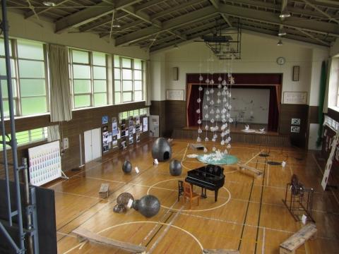 旧政和小学校体育館