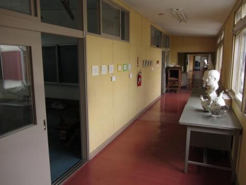 旧政和小学校 2階廊下