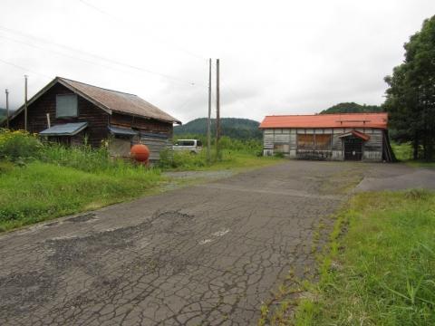 添牛内駅と旧山前家