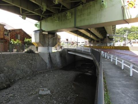 波多打川橋