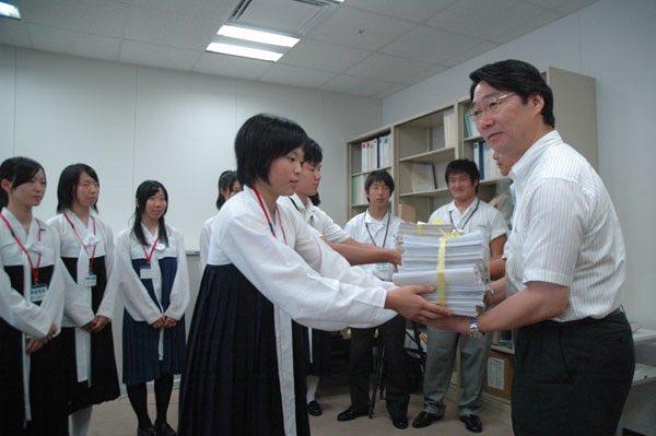 maekawaDF8pcVkUMAElliw.jpg