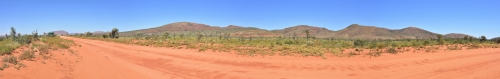 20160928_131856-131904_Day6_GreatCentralRoad_WA-NT_border.jpg