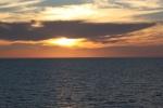 1.礼文島沖の夕日-10D 1707q