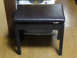 ピアノ椅子20170718