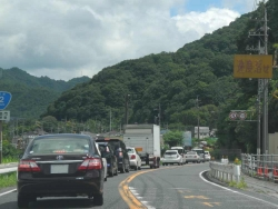 海田町からの帰路・・・安芸区瀬野川方面も既に渋滞