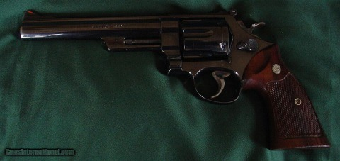 s_Smith-and-Wesson-Model-29-2-44-Magnum-6-1-2inch_100837606_53_42C0502AF3600FD6.jpg