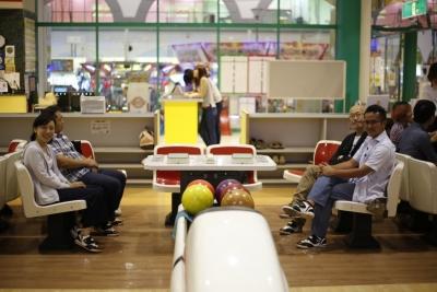 bowling0003.jpg