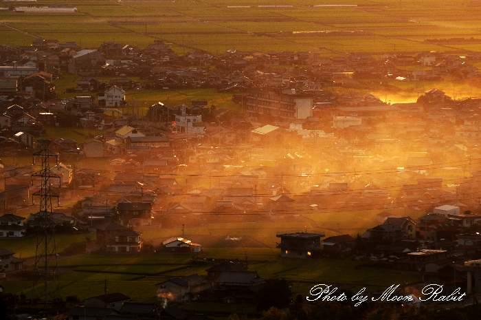 煙のたなびき 愛媛県西条市中野