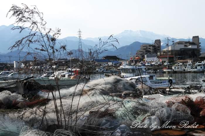 魚網と西条漁港 愛媛県西条市新堀下