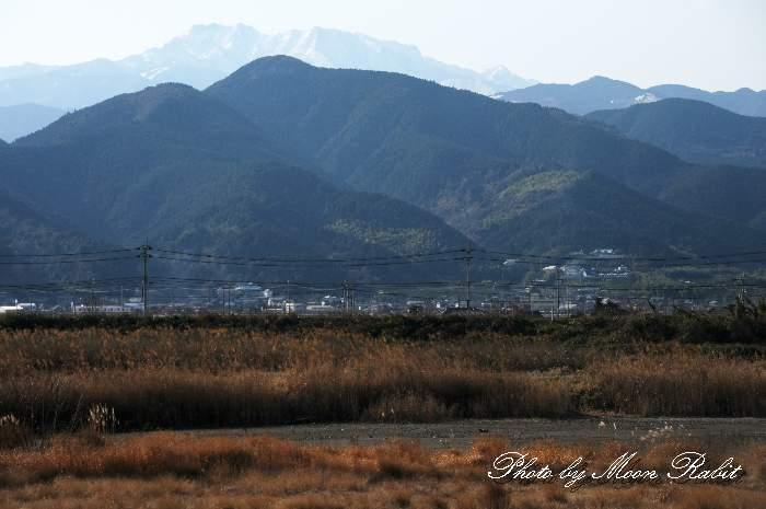 加茂川堤防からの石鎚山 愛媛県西条市古川