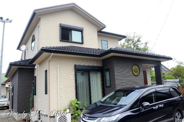 御所車(伊曽乃神社神紋)を掲げる家