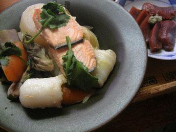 blog Dinner, Kiri Tampo Stew with Salmon, Hakusai, Daikon, Ningin & Maitake_DSCN3334-11.12.16.jpg