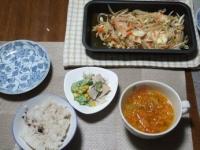 1/26 夕食 鮭のちゃんちゃん焼き、きゅうりとハムのサラダ、ファイトケミカルスープ、雑穀ご飯