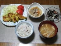 1/29 夕食 鶏のフライパン焼き、豚のもつ煮、ひじきサラダ、大根と油揚げの味噌汁、雑穀ご飯