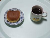 1/31 間食 どら焼き、ホットミルク