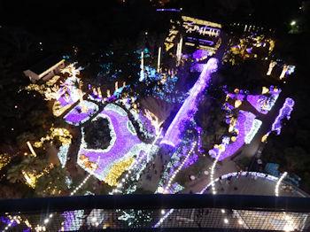 12/10 展望灯台から見る点灯直後のイルミネーション、