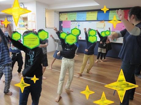 クリスマス会ダンス練習(新子安園)