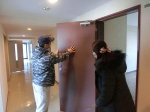 ドアの色決め(2)