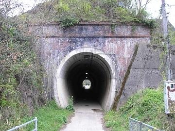 北丹鉄道日藤トンネル2