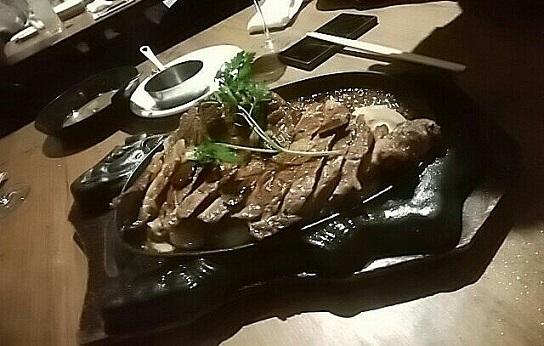 ワインホールグラマー お肉 (2)