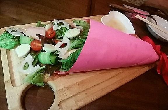 ドールーム 花束サラダ