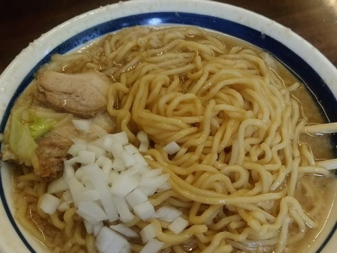 松・H29・4 こってりラーメン 麺