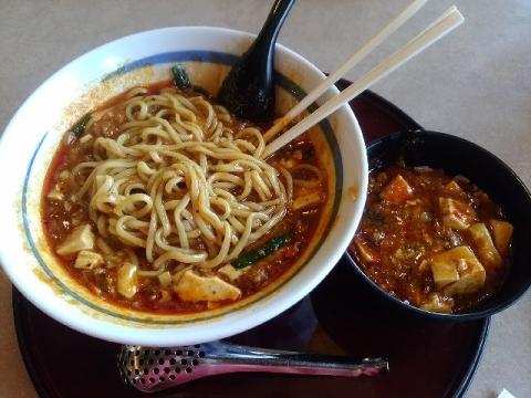 三宝三条店・H29・10 全とろ麻婆麺 麺
