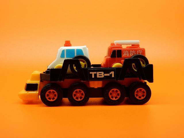 toybox-autocarrier-17.jpg