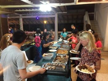 タオ島、スタッフパーティー