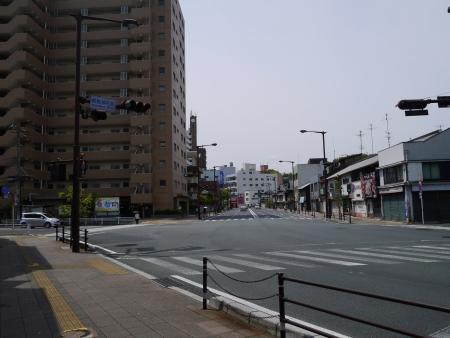 厳島神社前交差点