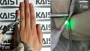 KAIST_fabric_OLED_image1.jpg