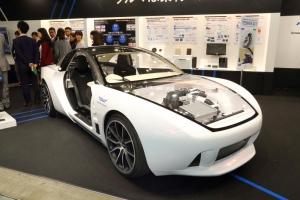 Toray_Material_concept_car_image1.jpg