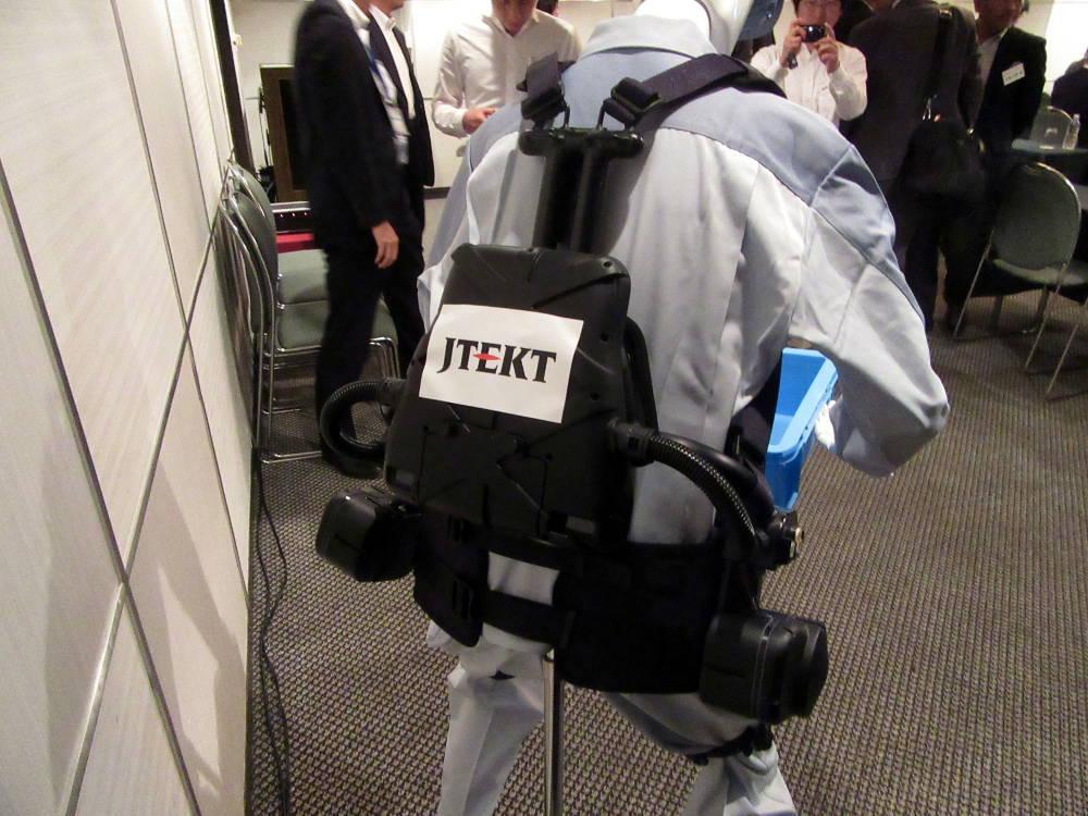 jtekt_assist-suits_image1.jpg