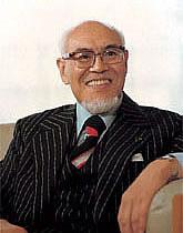 com_founder_image03.jpg