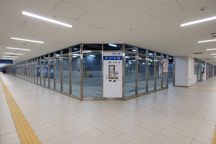 20170916_nagoya_city_bus_terminal-02.jpg