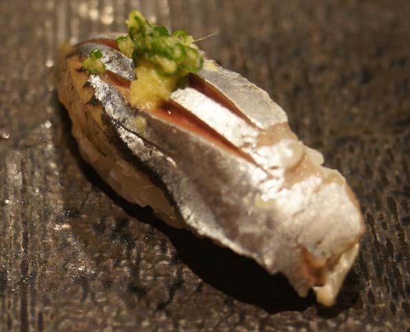 20171008 シャリ膳 秋刀魚 21㎝ DSC06051