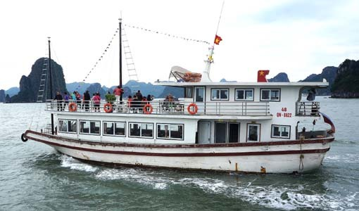 201716 Ha Long ランチクルーズ舟 18㎝DSC09902
