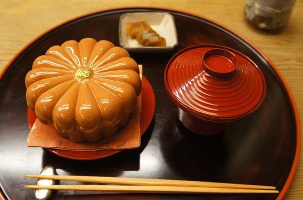 20180119 菊の井 8 御飯 アナゴ蒸し寿司 21cm DSC02242