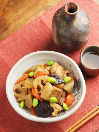 フライパンで豚バラと根菜の煮025