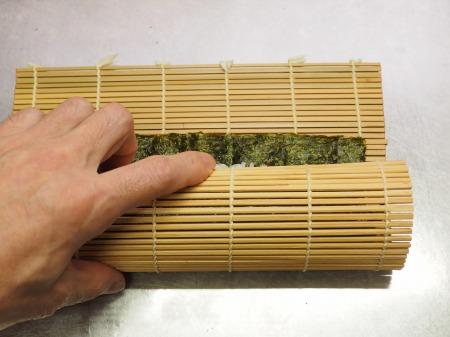 市販の具材で巻き寿司041