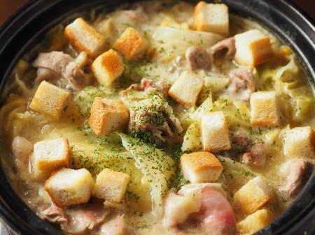 キャベツと豚肉のクリーム鍋012