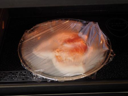 メシ通蒸鶏のマカロニサラダ084