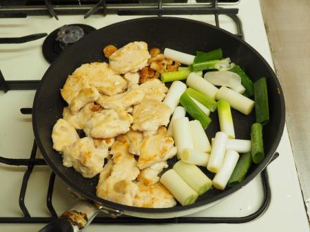 鶏むね肉とヒラタケのすき焼き063