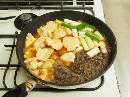 鶏むね肉とヒラタケのすき焼き065