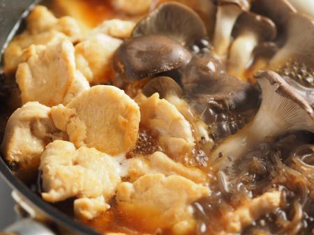 鶏むね肉とヒラタケのすき焼き032