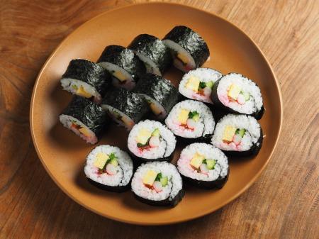長い巻き寿司005
