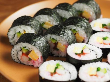 長い巻き寿司010